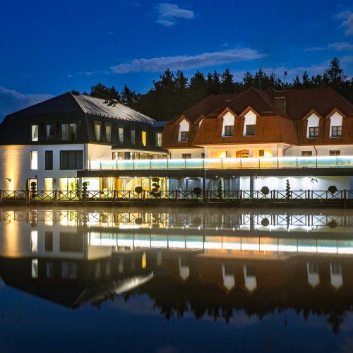 Dębowy Dwór - restauracja, noclegi, szkolenia, wesela, konferencje, wyjazdy integracyjne naRoztoczu