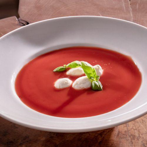 Kremowa zupa Dębowy Dwór - restauracja, noclegi, szkolenia, wesela, konferencje, wyjazdy integracyjne naRoztoczu